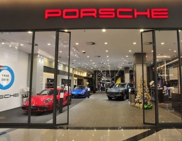 Porsche – Pop up showroom – HCMC